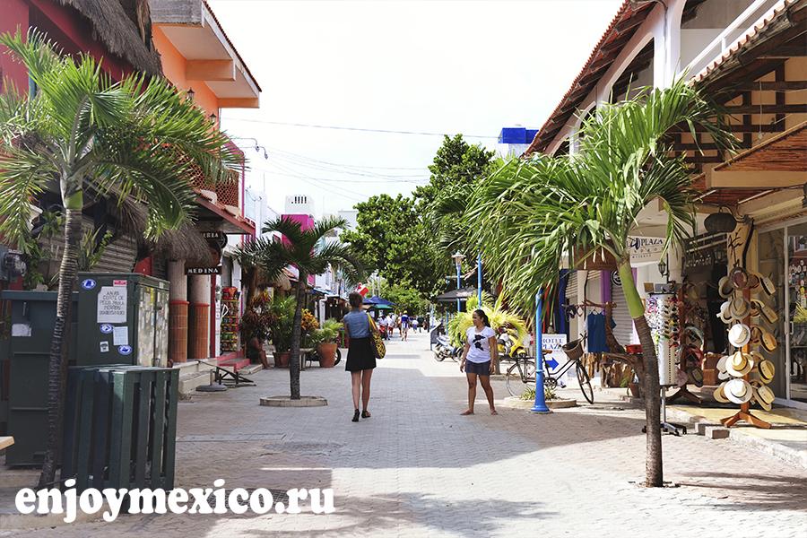 улица на острове женщин