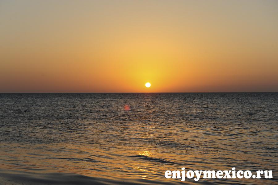 закат остров холбокс мексика