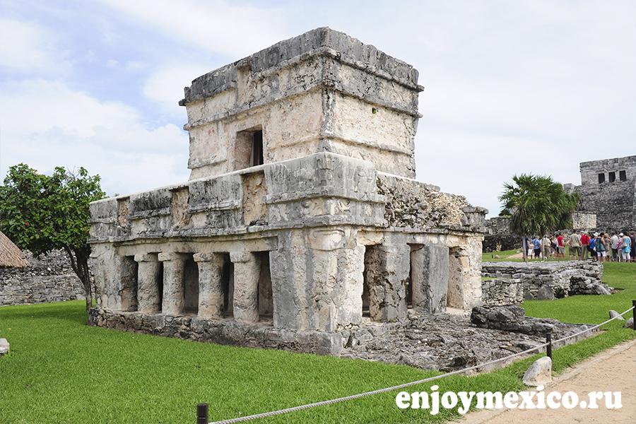 храм фресок тулум мексика