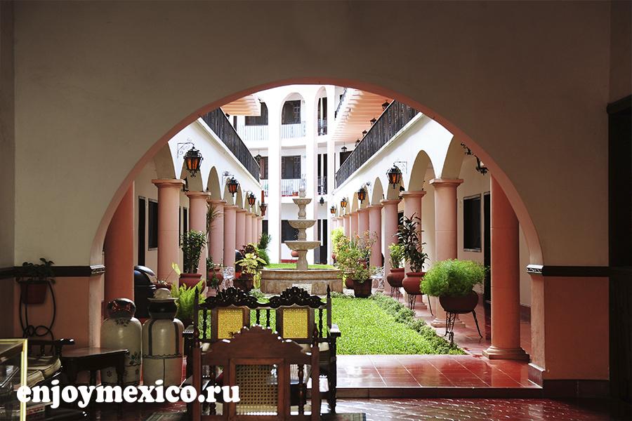 краисвый отель мексика вальядолид