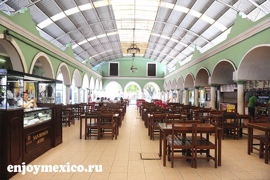 ресторанный дворик в мексике вальядолид