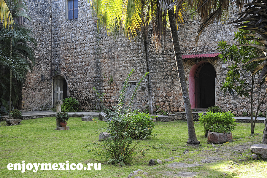 сад в сан бернардино де сиена вальядолид мексика