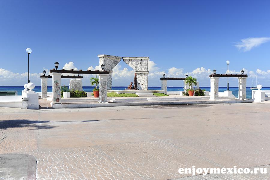 памятник на острове косумель