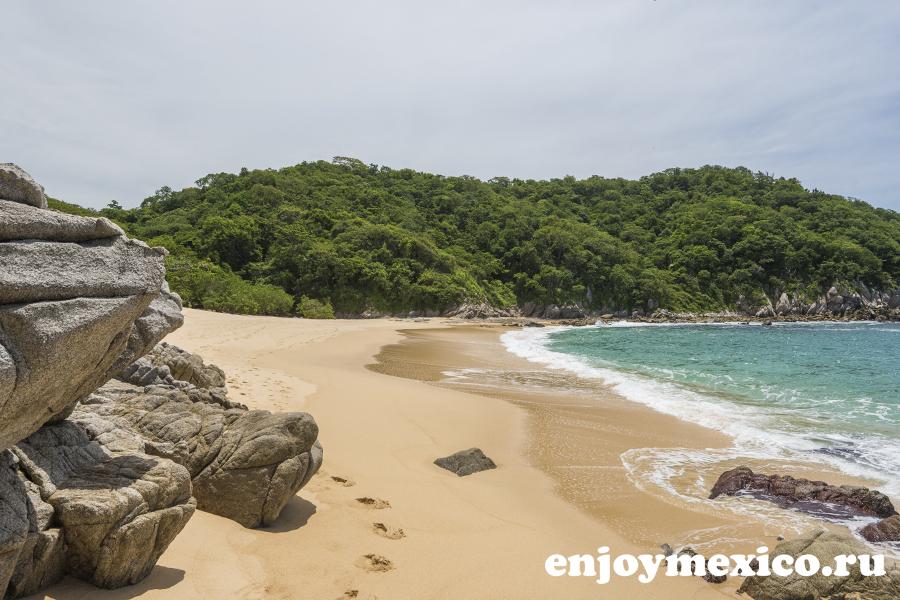 фото пляж техонсито уатулько мексика
