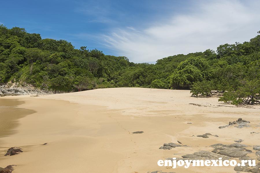 лучший пляж техонсито уатулько мексика
