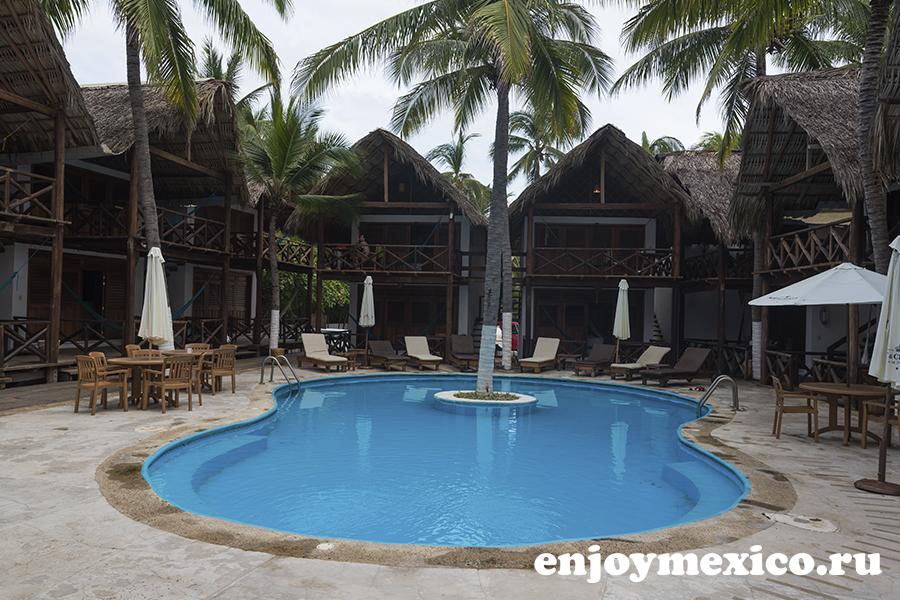 отель nude зиполите мексика