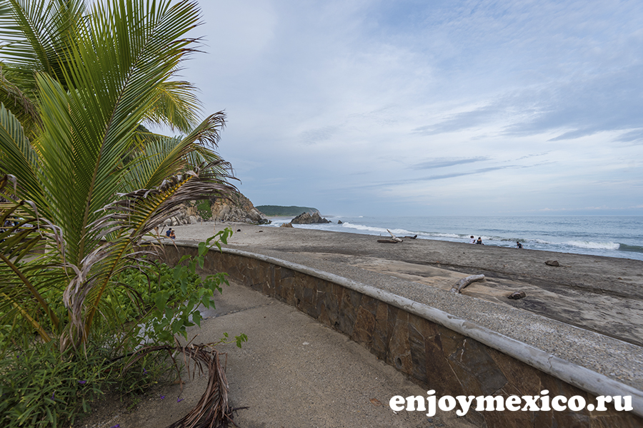 пляж ла бокана уатулько мексика общий вид