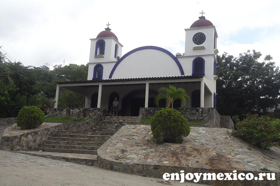 пляж масунте мексика церковь