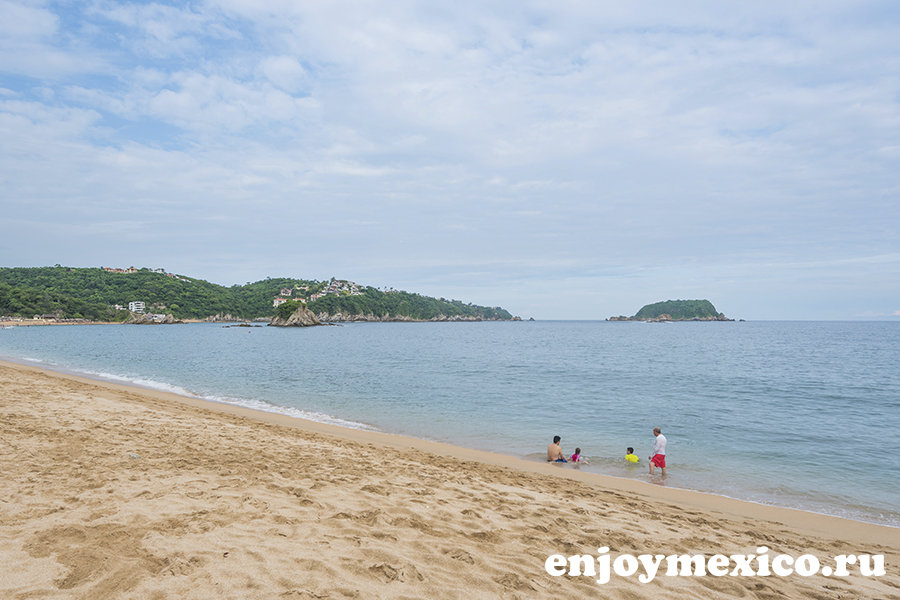 пляж и бухта танглунда уатулько мексика