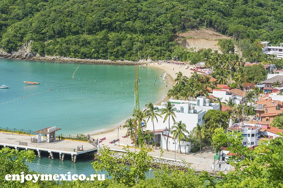 вид на пляж в уатулько мексика