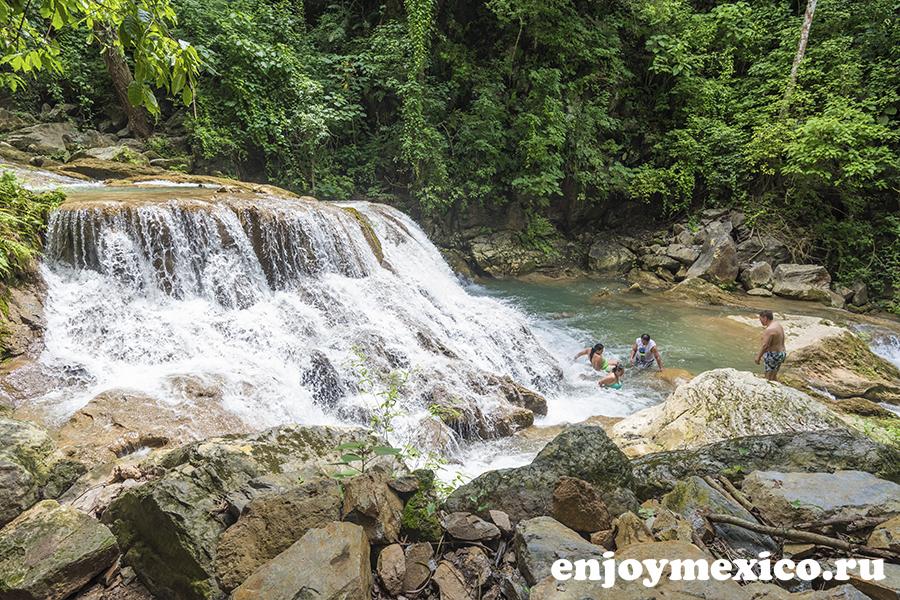 водопад уатулько мексика