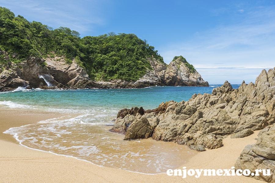 волны на пляже виолин уатулько мексика