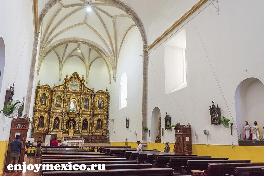 монастырь изамаль мексика вид изнутри