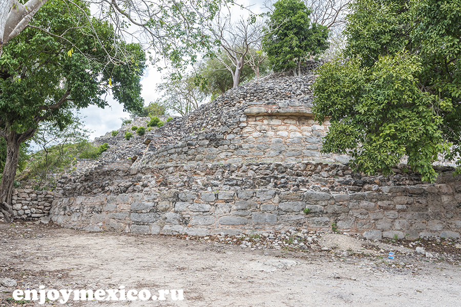 пирамиды в изамаль