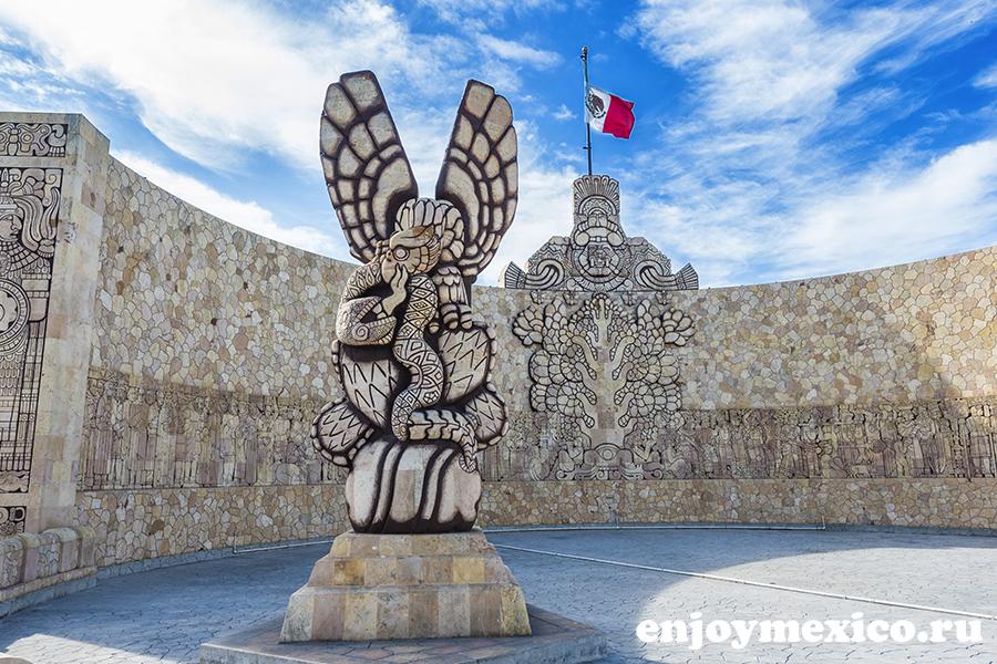 памятник в мериде мексика